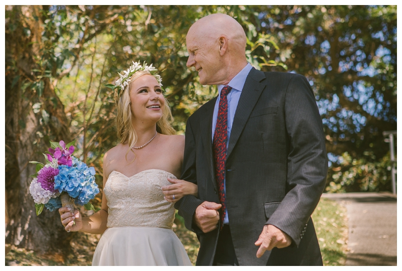 father daughter, father walking bride down aisle