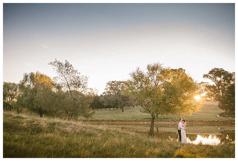 Heifer Station, orange, borenore, country, wedding, southern highlands, farm wedding, southern highlands wedding photographer, ute, rustic, relaxed, chilled wedding, jennifer regan, burfitt, leahy, amy, matt, orange country wedding, bride, dam, sunset, landscape