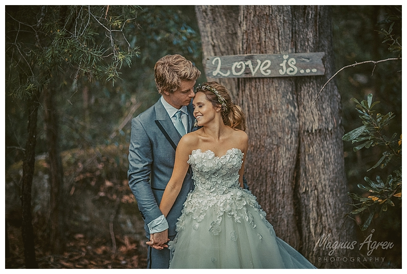 Luke Mitchell & Rebecca Breeds Love kangaroo valley bush retreat wedding