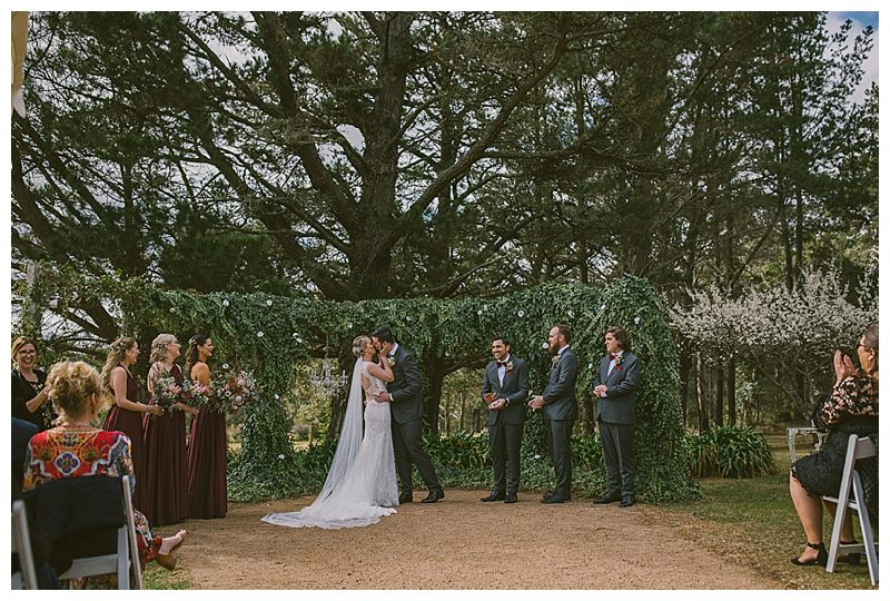 first kiss, husband and wife, farm wedding photographer, magnus agren photography, southern highlands wedding photographer