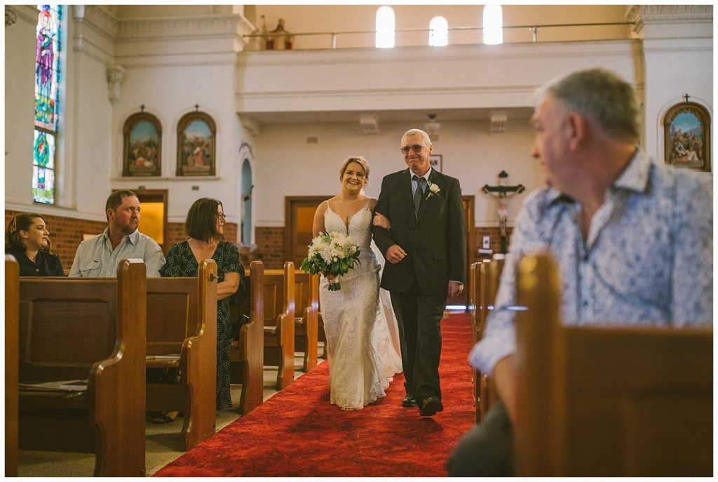 goulburn race club wedding photographer, goulburn wedding photographer, bride